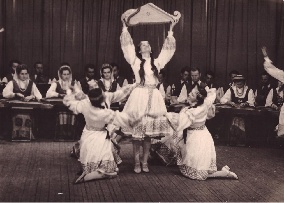 1960 m.