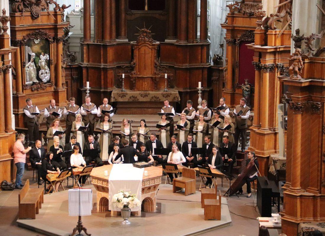 """Kviečiame virtualiai stebėti sakralinės muzikos festivalio """"Cantate Domino"""" atidarymą"""