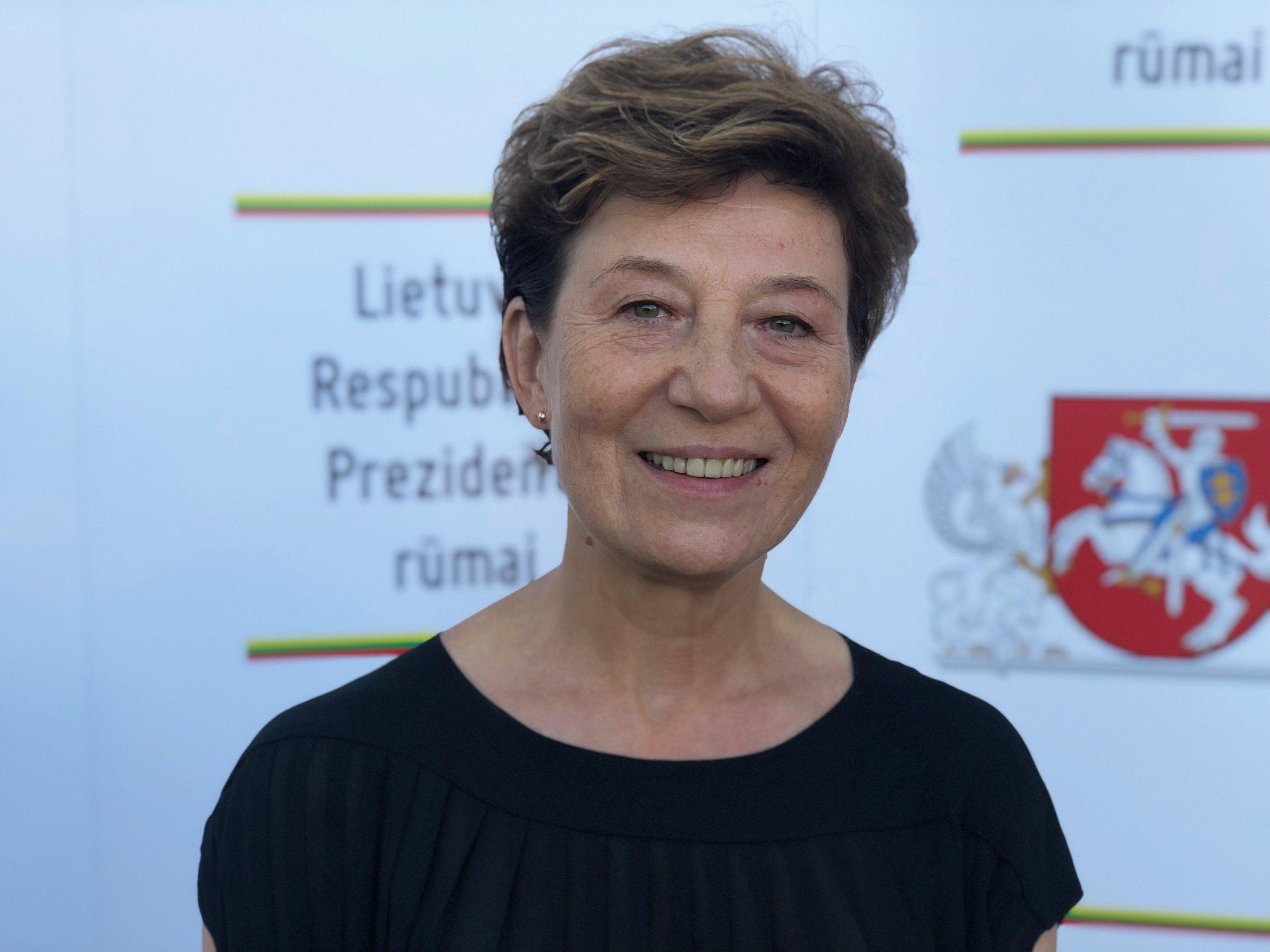 Komisijos narė Leokadija Dabužinskaitė